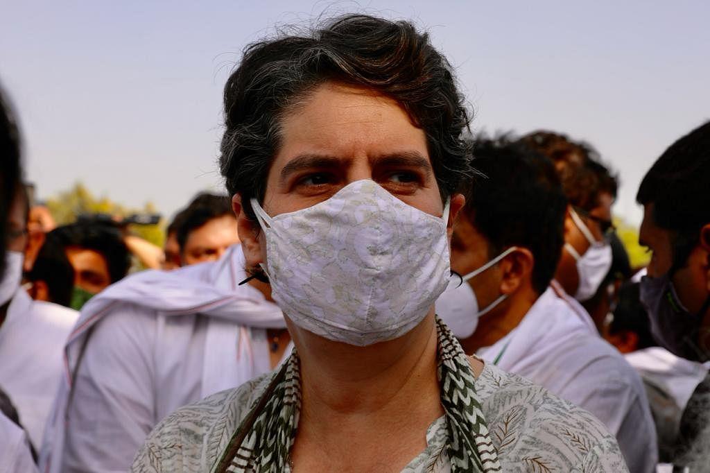 پرینکا گاندھی کی مقبولیت سے حکومت اتنی خائف کیوں ہے؟... سہیل انجم