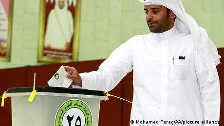 قطر: پہلے عام انتخابات دو اکتوبر کو، خواتین امیدوار بہت کم