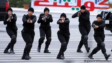 کویت: خواتین کو بھی فوج میں کام کرنے کی اجازت مل گئی
