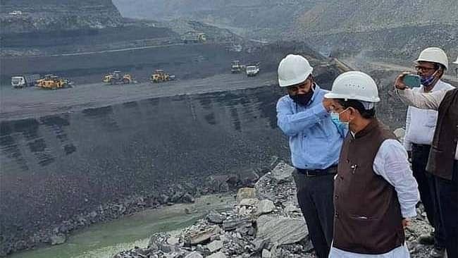 جھارکھنڈ: بارش کے سبب پھر کوئلہ بحران کا اندیشہ، کانوں سے کوئلہ کی فراہمی متاثر