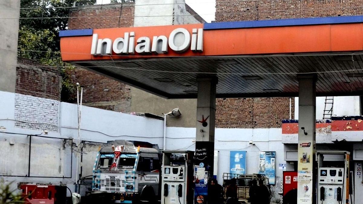 پانچ دن کے بعد تیل کی قیمتیں مستحکم، بھوپال میں پٹرول 116.26 روپے فی لیٹر