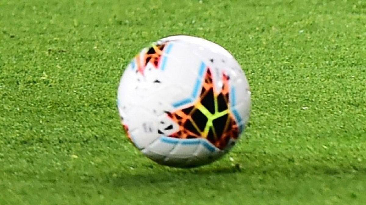 فٹ بال، تصویر آئی اے این ایس