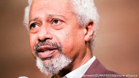 ادب کا نوبل انعام تنزانیہ کے ادیب عبدالرزاق گورنا کے نام