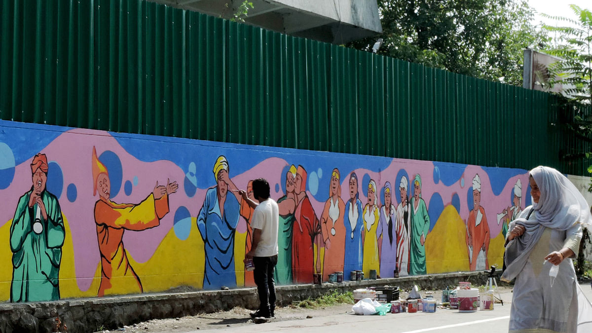 سری نگر کی دیواریں اور سڑکیں فن مصوری کے خوبصورت نمونوں سے ہوں گی مزین
