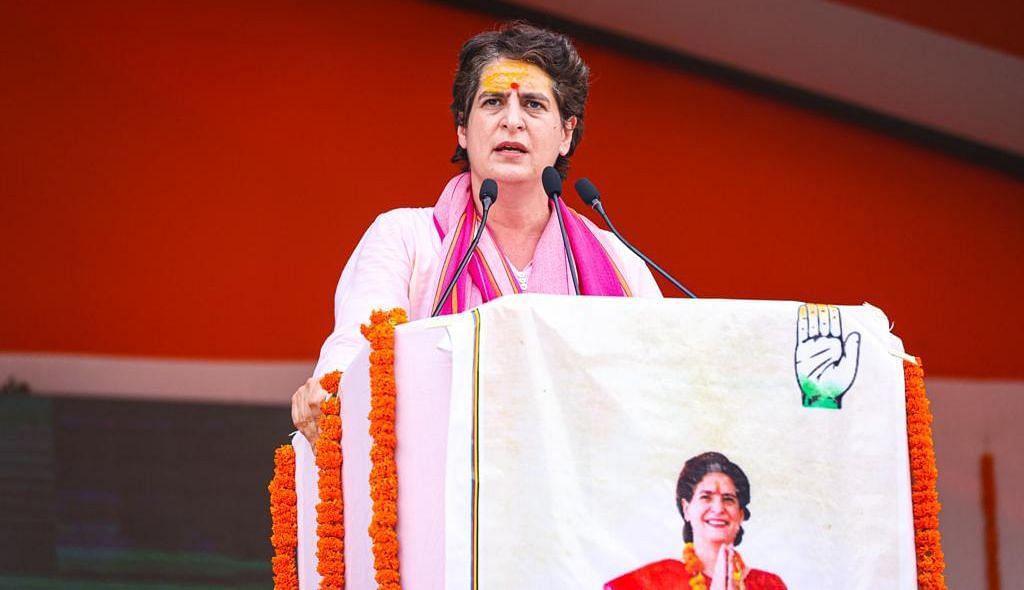 پرینکا گاندھی نے خواتین کے لیے 40 فیصد ریزرویشن کو وقت کی ضرورت قرار دیا، کئی جذباتی لمحوں کو کیا یاد