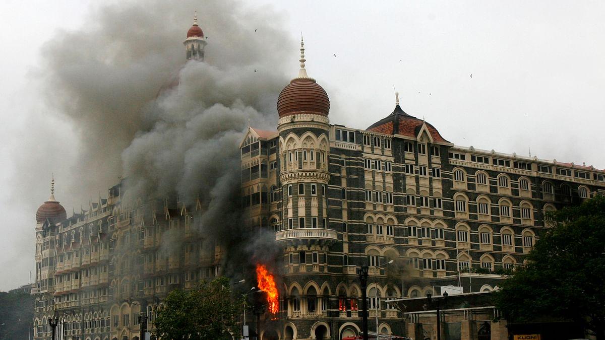 मुंबई में आतंकियों ने ताज होटल पर किया था  हमला (<b>फोटोः Reuters</b>)