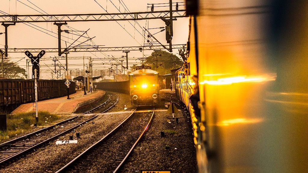 Small scale Farmers: भारतीय रेलवे मौसमी फलों और सब्जियों को किसान ट्रेन से जोड़ेगा