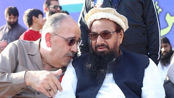 आतंकी हाफिज सईद को पाकिस्तान की कोर्ट ने सुनाई 5 साल कैद की सजा