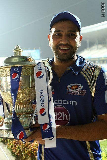 रोहित शर्मा  भारतीय वनडे टीम के उप कप्तान और इंडियन प्रीमियर लीग में मुंबई इंडियंस के कप्तान हैं