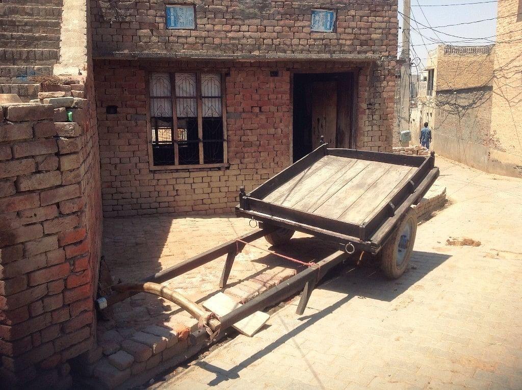 हरियाणा के राखीगढ़ी में सिंधु घाटी सभ्यता के सबसे बड़े स्थलों में से एक का वर्तमान सीन
