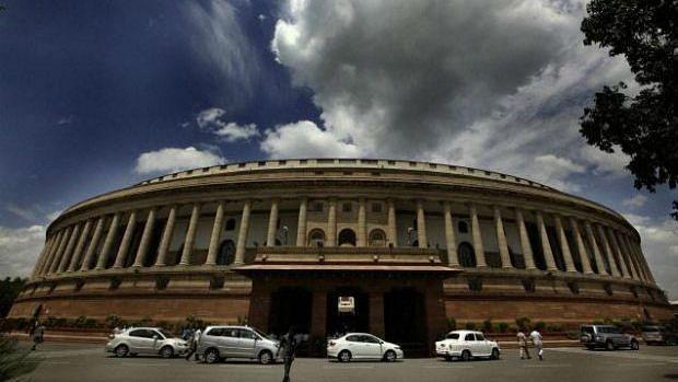 लॉकडाउन से पलायन-मौत का डेटा नहीं,संसद में सरकार के बयान का मतलब