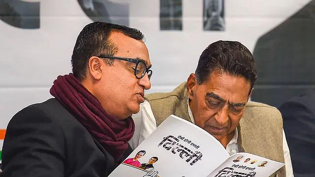 कांग्रेस नेता अजय माकन के साथ DPCC अध्यक्ष सुभाष चोपड़ा