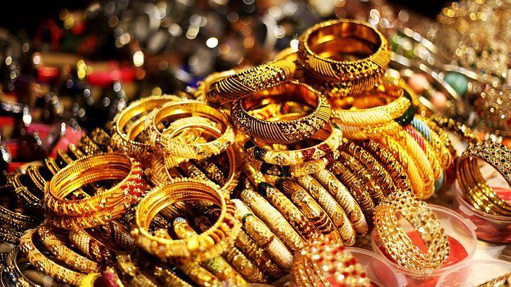 Gold Prices Today: सोने-चांदी में रिकवरी, जानें अपने शहर का भाव