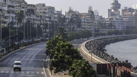 लॉकडॉउन में थम गई है मुंबई. मरीन ड्राईव का एक दृश्य