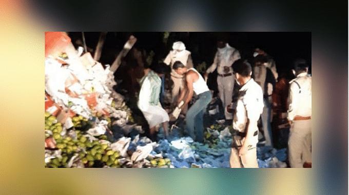 मध्यप्रदेश के नरसिंहपुर में हुआ बड़ा ट्रक हादसा, पांच मजदूरों की मौत