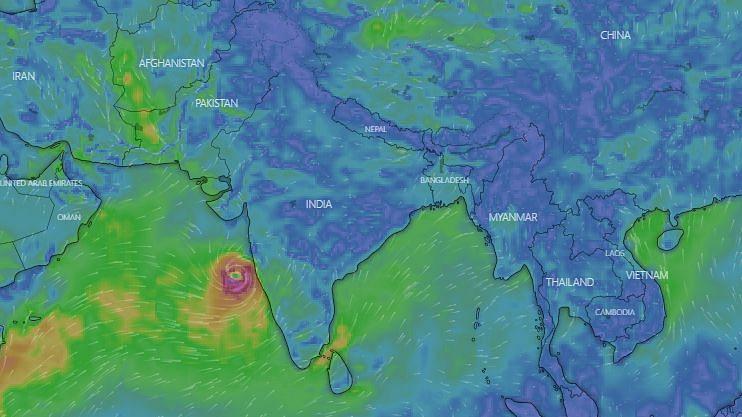 मुंबई में सदी का पहला चक्रवात है 'निसर्ग', इसके पीछे के कारण समझिए