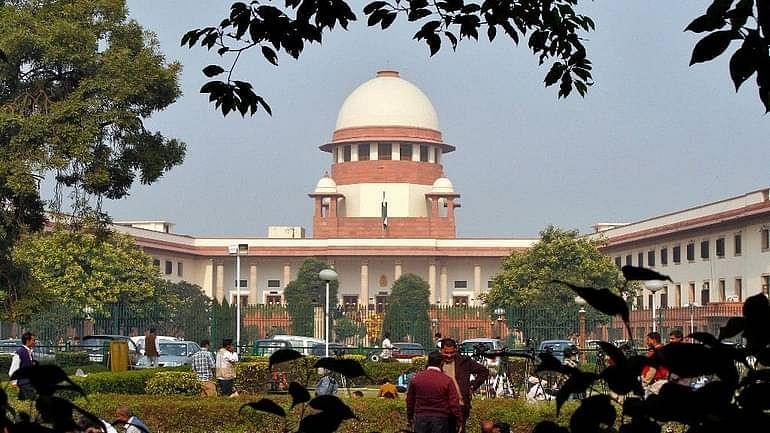अवमानना कानून को SC में चुनौती, एन राम,शौरी,प्रशांत भूषण की याचिका