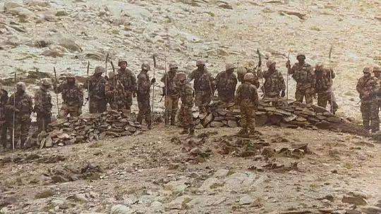 हैंडमेड हथियारों के साथ भारतीय पोस्ट की तरफ आए थे चीनी सैनिक