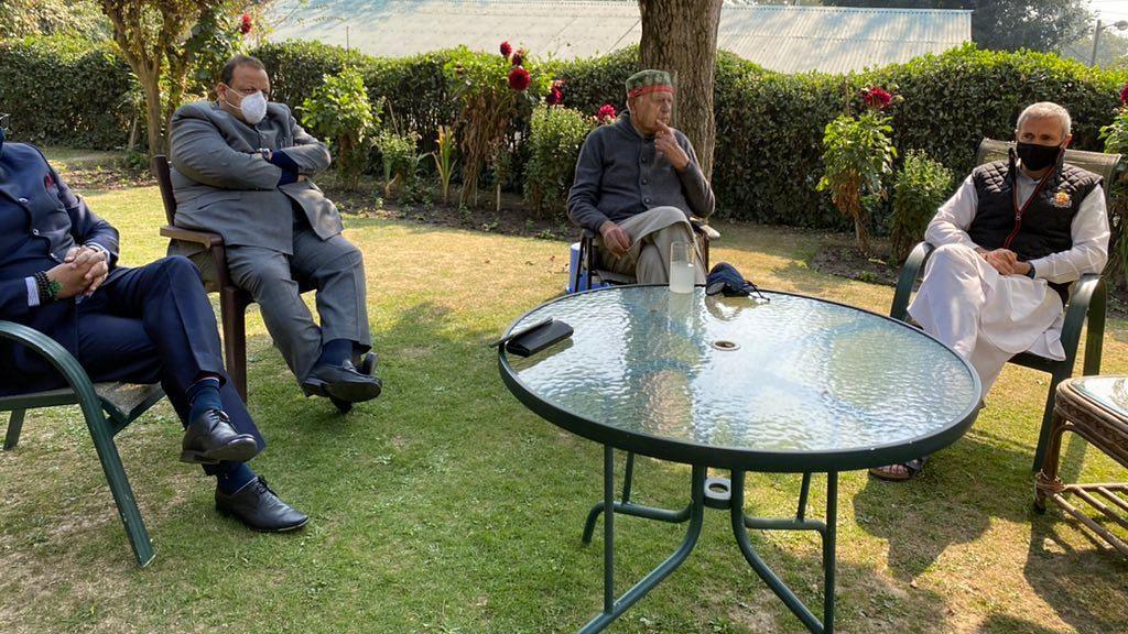 गुपकार समझौता: बैठक के बाद फारूक-'हम एंटी-BJP हैं,एंटी-नेशनल नहीं'