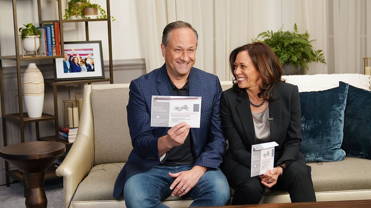 """कमला हैरिस के पति डगलस एमहॉफ होंगे US के पहले """"सेकेंड जेंटलमैन"""""""