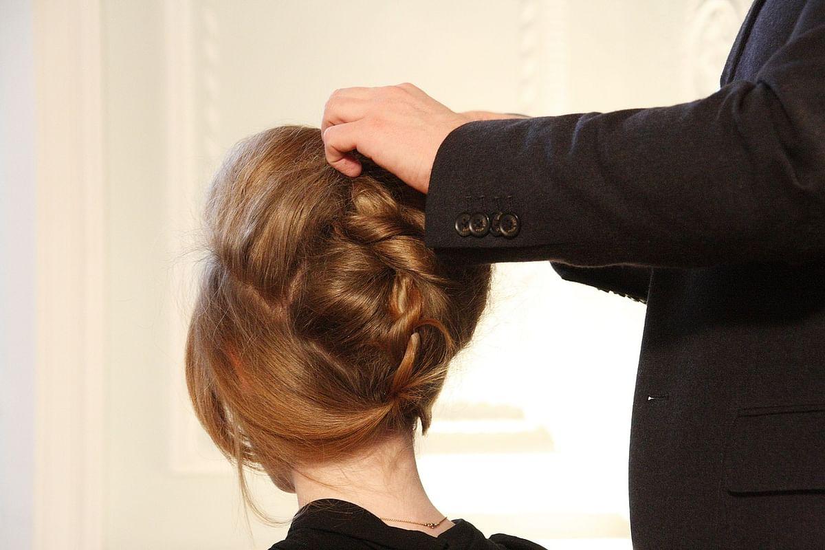 हेयर स्टाइलिंग अब घर पर - Hair Styling Ab Ghar Par