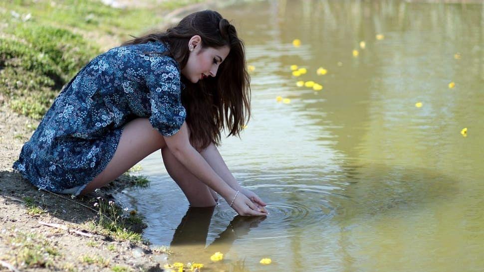 ग्लोइंग स्किन पाने के लिए आसान घरेलू नुस्खे - Glowing Skin Pane Ke Liye Aasan Gharelu Nuskhe