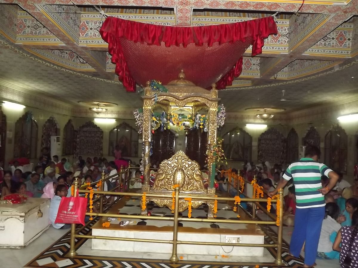 ज्वाला देवी मंदिर के बारे में जानकारी - Jwala Devi Temple in Hindi