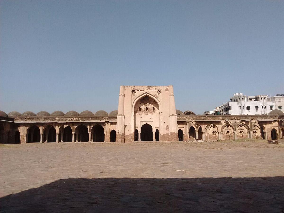 बेगमपुरी मस्जिद - Begumpuri Masjid in Hindi