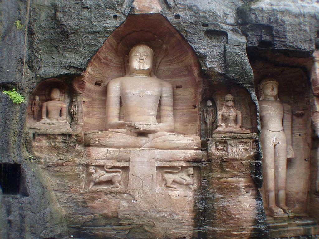 गोपाचल पर्वत के बारे में जानकारी - Gopachal Parvat in Hindi