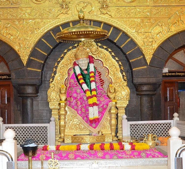 शिरडी साईं बाबा मंदिर के बारे में जानकारी - Shirdi Sai Baba Temple in Hindi