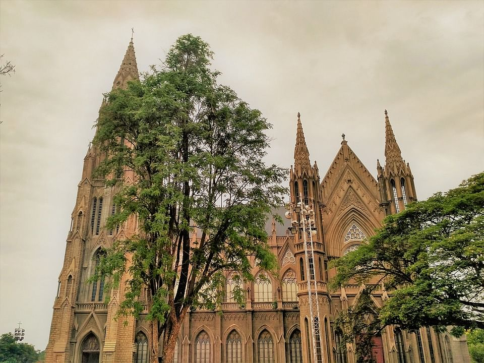 सेंट फिलोमेना चर्च - Saint Philomena Church