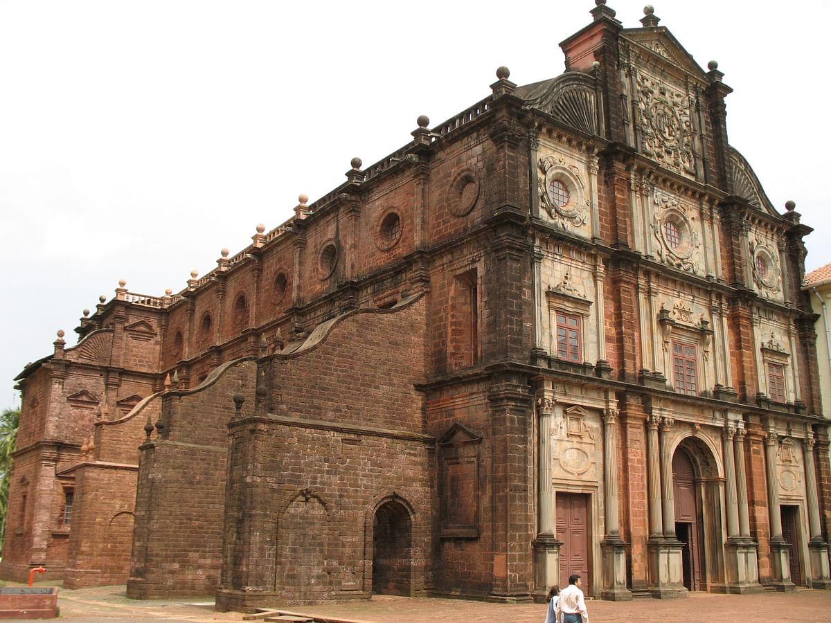 बेसिलिका ऑफ बॉम जीसस - Basilica Of Bom Jesus