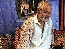 """INTERVIEW: """"फिल्मों के लिए जो काम सरकार को करना चाहिए, वो शाहरुख खान कर रहे हैं""""- संजय मिश्रा"""