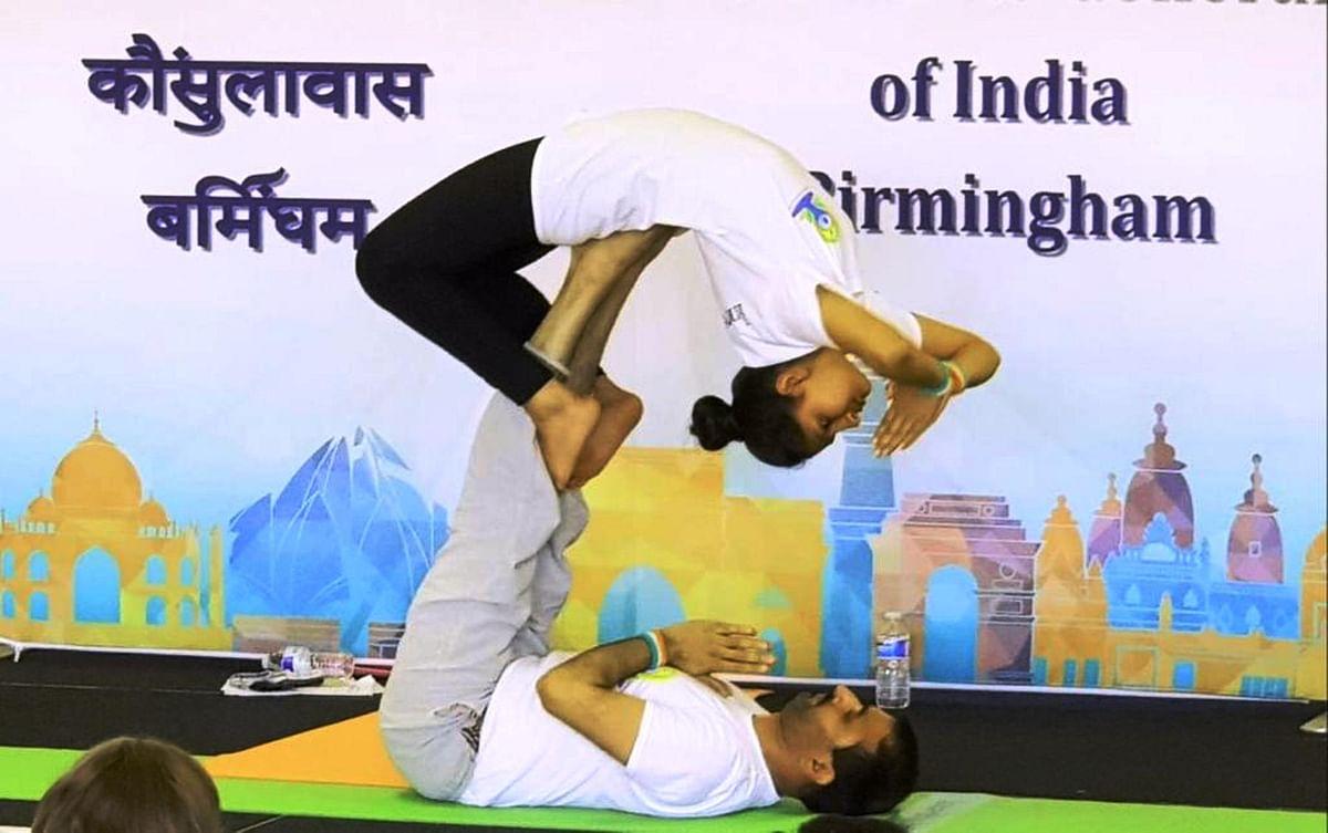 यूके से उदयपुर के योग एक्सपर्ट धीरज जोशी का होगा योगा सेशन