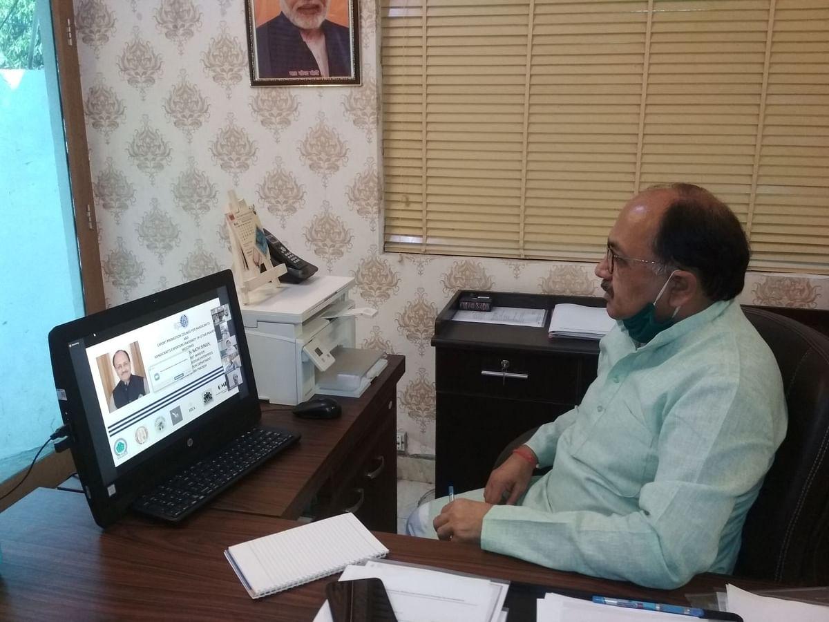 सहारनपुर में फर्नीचर, कानपुर-आगरा में लेदर क्लस्टर के विकास में केन्द्र देगा सहयोग-सिद्धार्थ नाथ