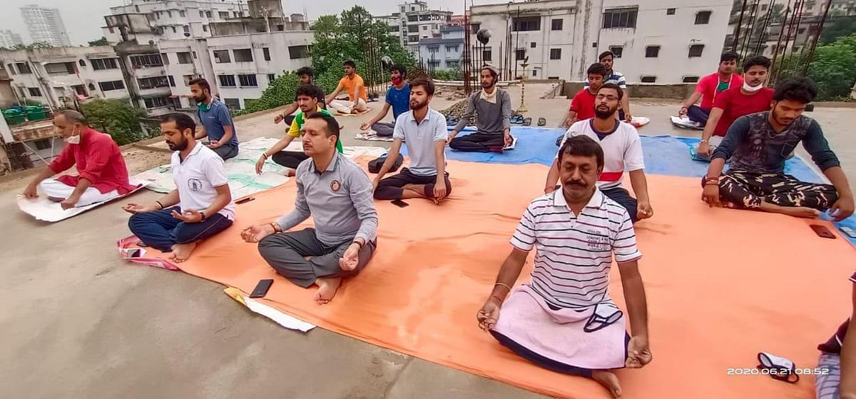 एबीवीपी ने अंतरराष्ट्रीय योग दिवस पर योगाभ्यास कार्यक्रम का किया आयोजन