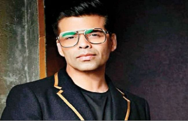 करण जौहर ने उठाया बड़ा कदम, ट्विटर पर अमिताभ, अक्षय और शाहरुख को छोड़ सभी कलाकारों को किया अनफॉलो