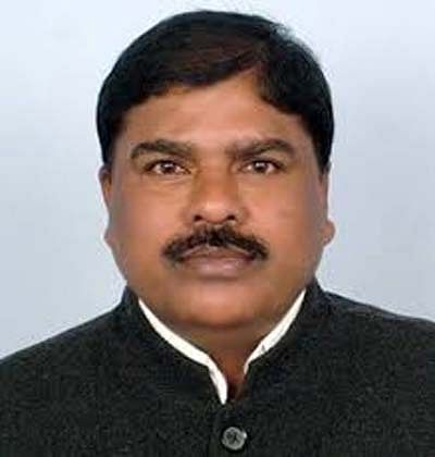 कांग्रेसियों ने नक्सलियों से साठगांठ कर विधानसभा चुनाव जीता - दिनेश कश्यप