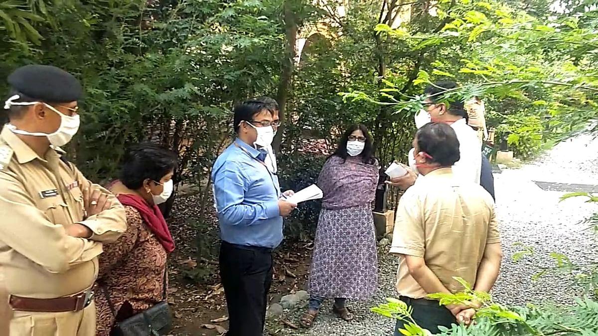 केन्द्र सरकार के नोडल अधिकारी ने किया कोविड केयर सेंटर का दौरा