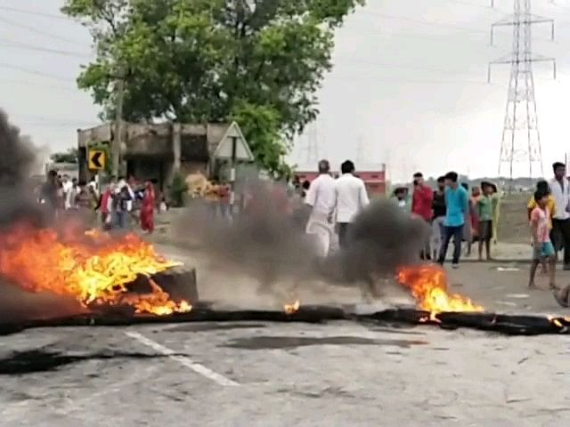मुज़फ़्फ़रपुर में कूड़ा डंपिंग विवाद तीसरे दिन थमा,पुलिस ने 8 लोगों  को किया गिरफ्तार