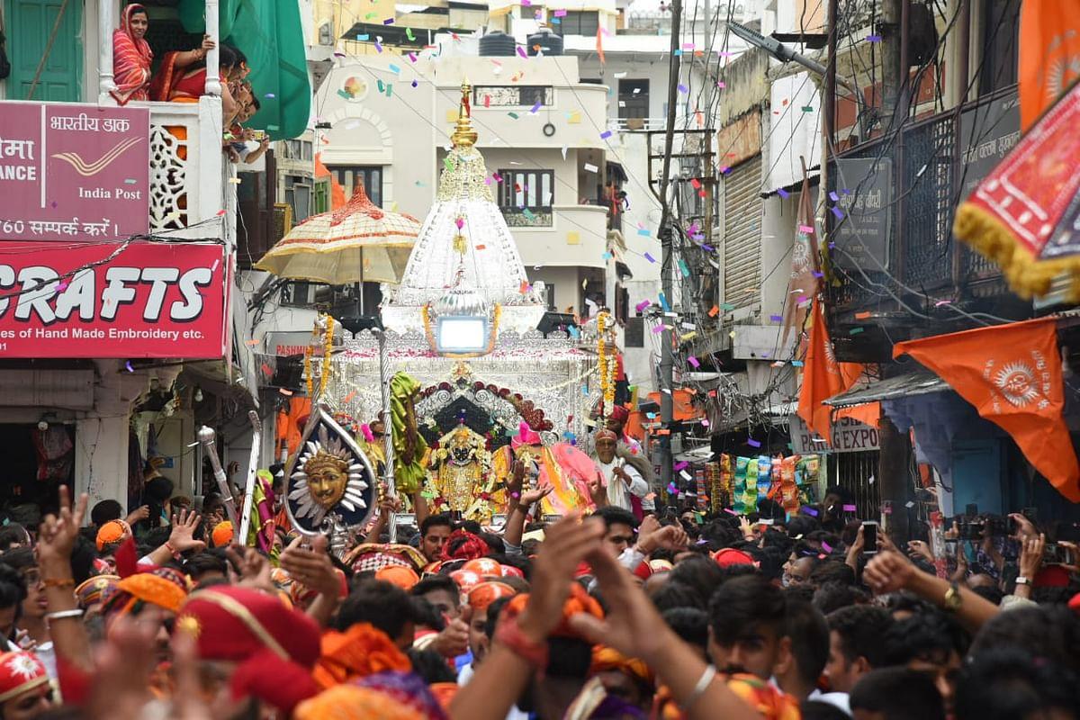 उदयपुर : मंदिर परिसर में होगी रथयात्रा, शहर छतों पर करेगा संध्या आरती