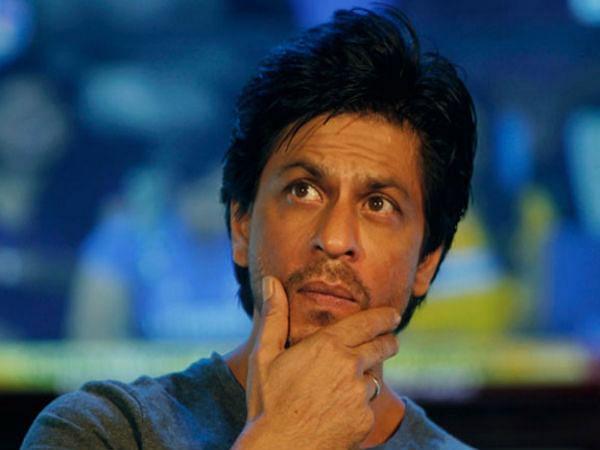 कोरोना के चलते डोनेशन ना देने पर बुरी तरह ट्रोल हुए शाहरुख खान- फैंस ने किया बचाव