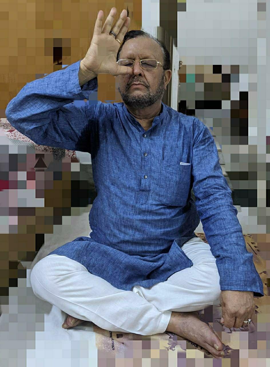 अंतर्राष्ट्रीय योग दिवस पर कैबिनेट मंत्री ने किया योगासन, प्रदेशवासियों से योग कर निरोग रहने की अपील की