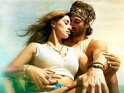 मलंग फिल्म रिव्यू- सस्पेंस से भरपूर है ये प्यार, पागलपन और बदले की कहानी