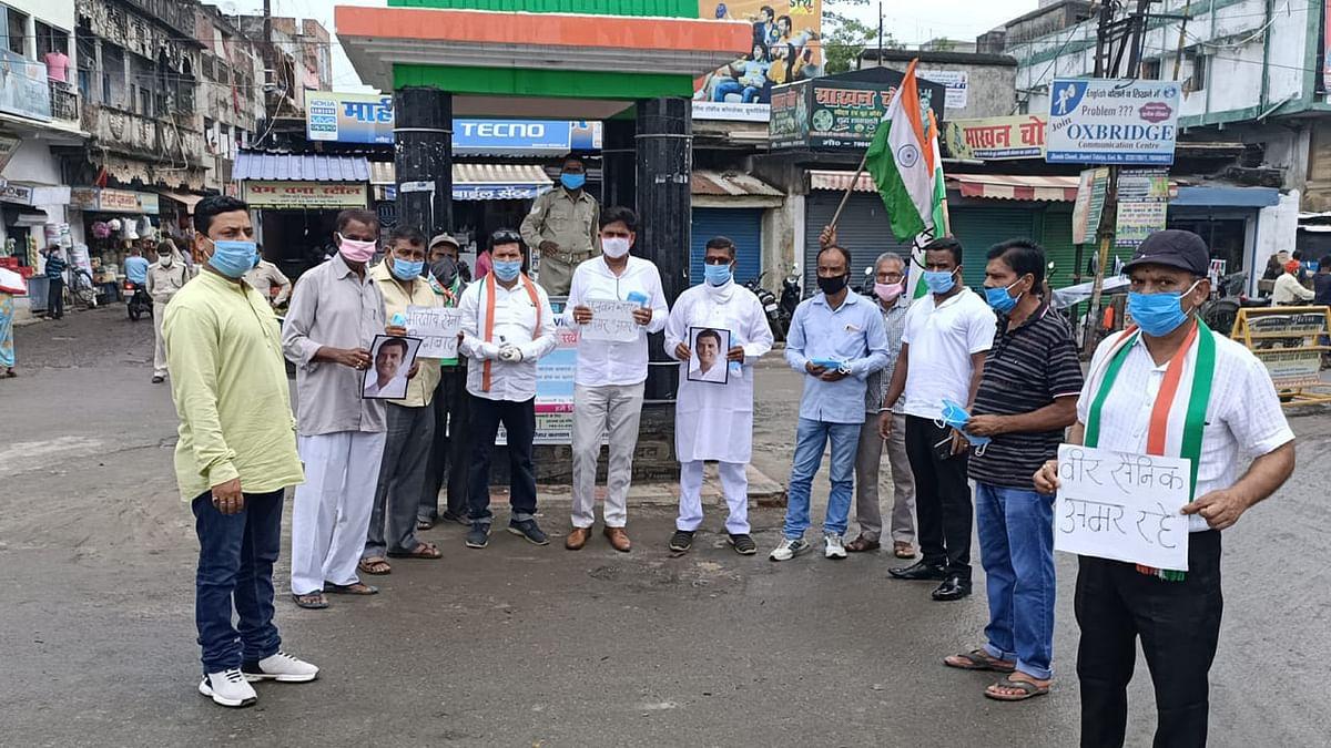 कांग्रेस कार्यकर्ताओं ने सादगी पूर्वक मनाया राहुल गांधी का जन्मदिन