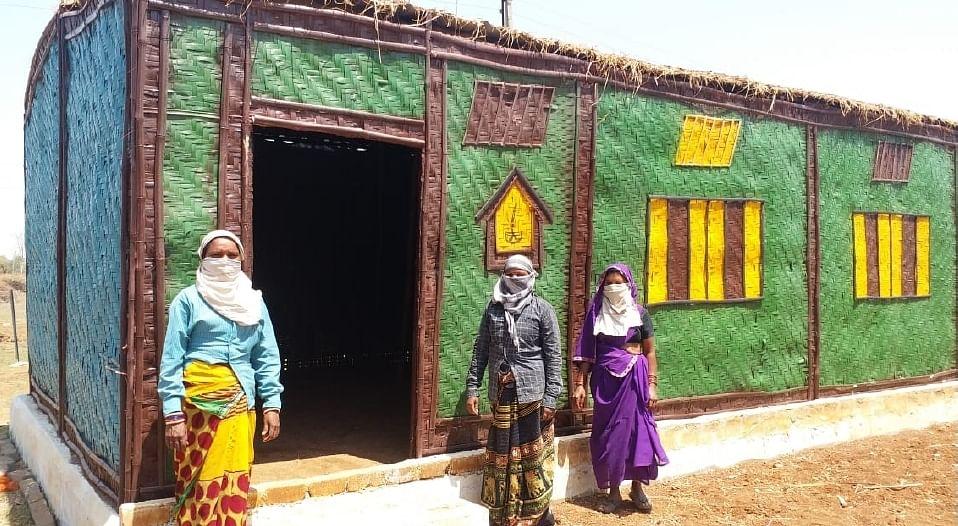 महिलाओं ने गौठान में मशरूम उत्पादन की कल्पना को किया साकार