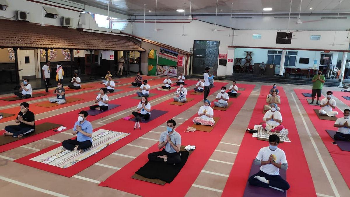 योग दिवस पर पूरी काशी वर्चुअल रूप से योगमय नजर आई, उल्लास व उमंग के साथ लोगों ने किया डिजिटली योग