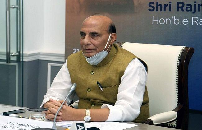   डोकलाम विवाद की तरह दोनों देशों के बीच वार्ता से ही निकलेगा हल: राजनाथ