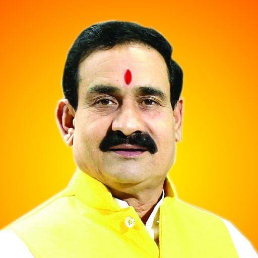 प्रदेश के गृहमंत्री डॉ. नरोत्तम का आरोप, कांग्रेस ने 2 रु. तेल पर बढ़ाकर आइफा के जरिए जैकलिन-सलमान पर खर्च किए थे