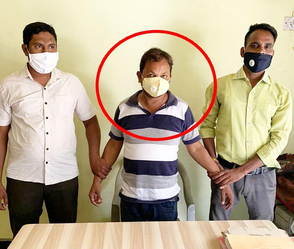 रतलामः चार हजार रुपये रिश्वत लेते रंगेहाथों पकड़ाया पटवारी